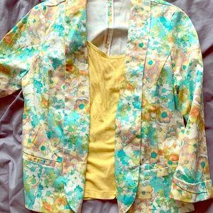 Cute blazer for spring! Size medium